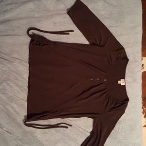 3/4 sleeve shirt with drawstring side